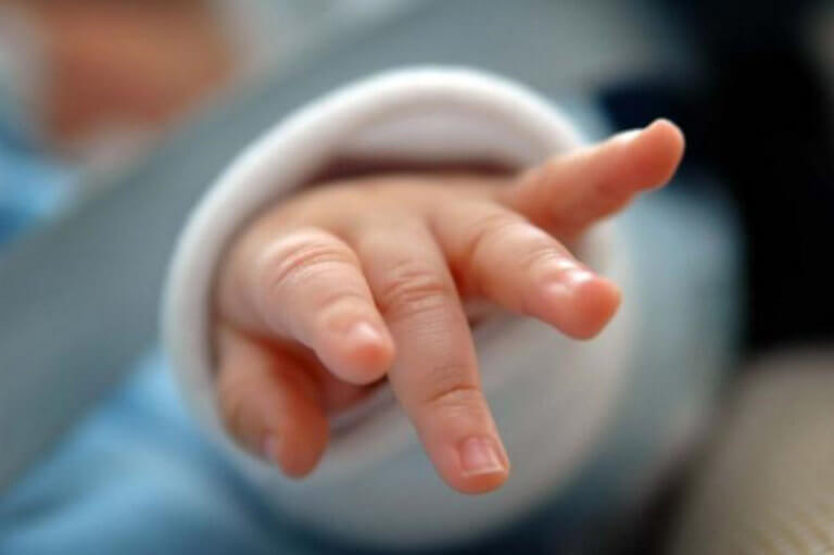 90187b37ecd Τραγωδία: Νεκρό μωράκι 20 μηνών - Ο παιδίατρος… τους είχε καθησυχάσει -  tromaktiko