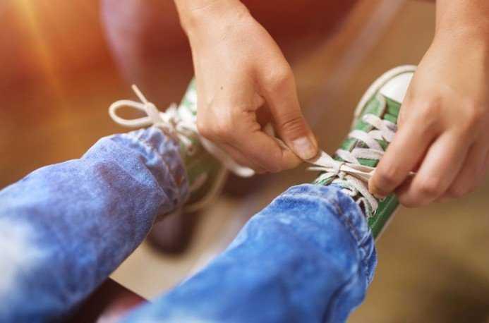eb1a377bc8f4 Walking around  Πώς θα βρεις το σωστό μέγεθος παπουτσιού για το μικρό σου   - tromaktiko