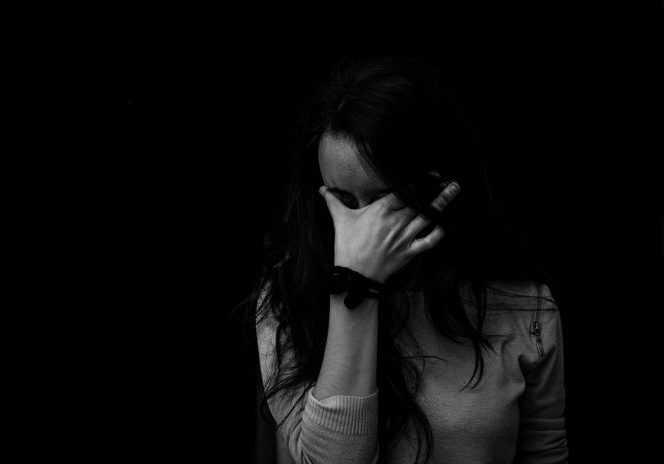 Ψυχολογική κακoπoίηση: Όποιος σας αγαπάει δεν σας κάνει να κλαίτε!