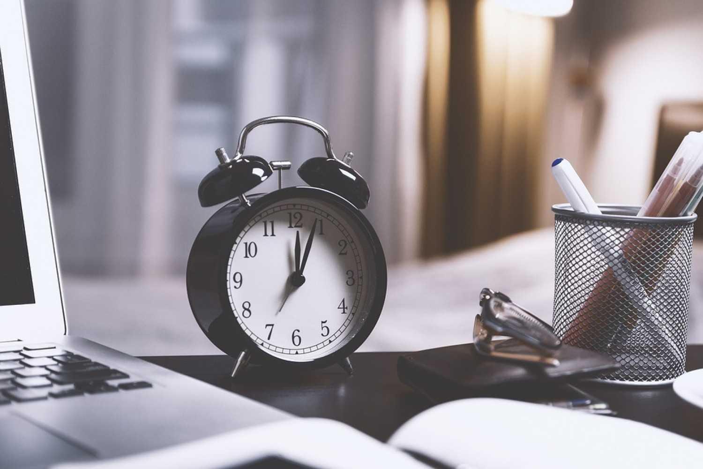 Γιατί οι πρωινοί τύποι τα πάνε καλύτερα στη δουλειά