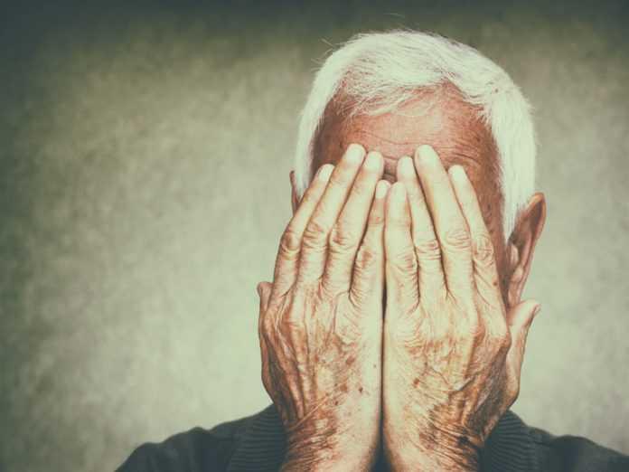 Κακοποίηση ηλικιωμένων: Η σκληρή πραγματικότητα – Είναι εύκολο να «δεις» τα σημάδια;