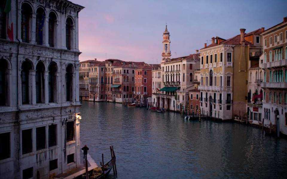 Πώς λειτουργεί το «σύστημα της Βενετίας» (vid)