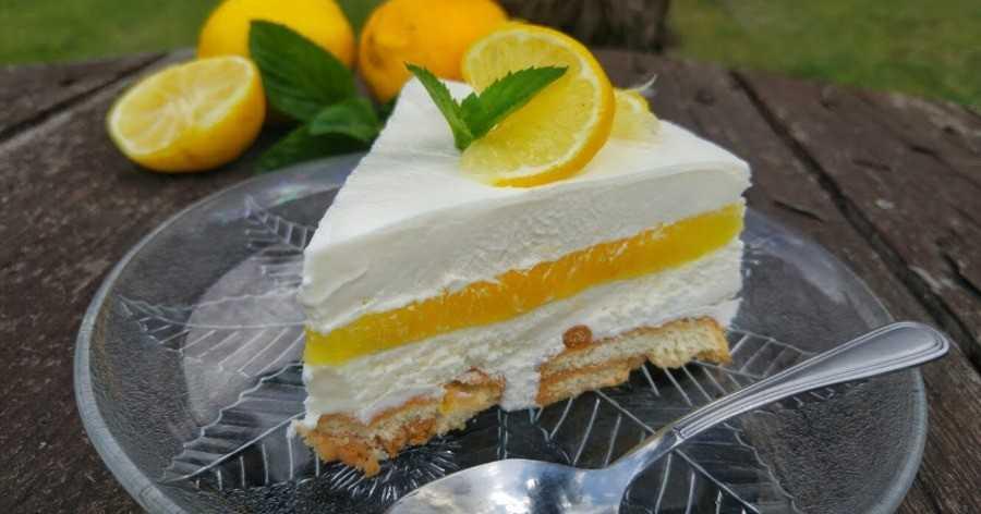 Αποτέλεσμα εικόνας για Εύκολο γλυκό ψυγείου με λεμόνι, κρέμα και μπισκότα Πτι Μπερ