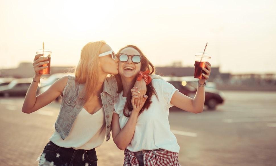 Η φιλία είναι το καλύτερο παυσίπονο!