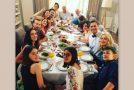 Το σόι σου: Reunion για τους πρωταγωνιστές! Πού συναντήθηκαν μετά από καιρό; (Photos)