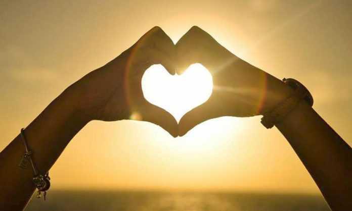 Άγιος Βαλεντίνος: Ποιο είναι το «προφίλ» της απιστίας για την ημέρα των… ερωτευμένων