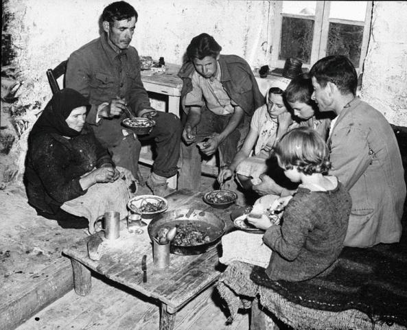 Πώς μπορούσαν κι έδειχναν τόσο ευχαριστημένοι με τόσο λίγα οι άνθρωποι τη δεκαετία του '60; - Εικόνα 11